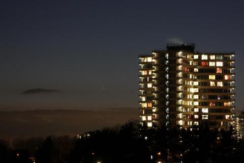 Komeet naast Asserpark
